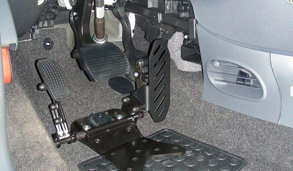 Pedal acelerador lado izquierdo reversible fijado al suelo D908PS | Guidosimplex